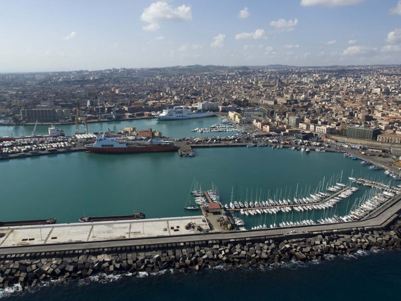 Catania haven en stad