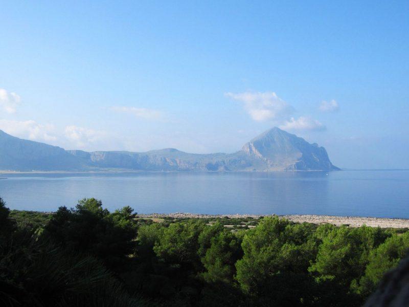 Camping El Bahira uitzicht op zee