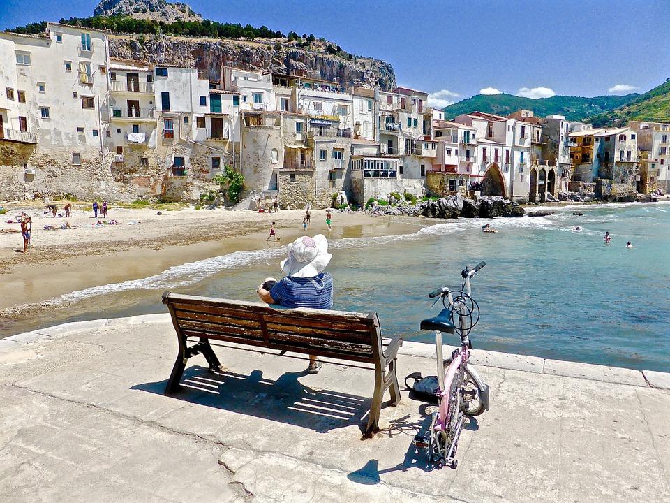 cefalu strand sicilie