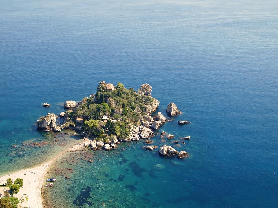 isola bella sicilie