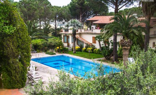 Villa Laura Resort - Sicilië.nl